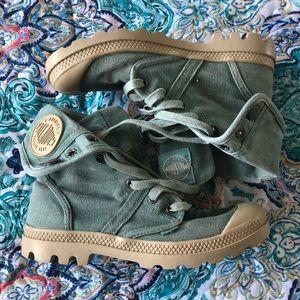 Green Palladium boots